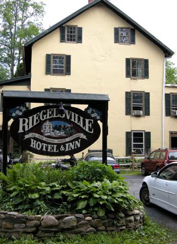 riegelsville-hotel